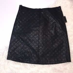 Eloquii Plus Black Quilted Pleather Skirt Size 22